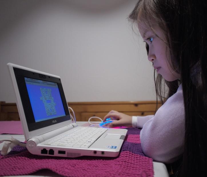 Conocer Por Internet Para Niños Chico Busca Chica San Sebastián-74419